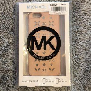 💕NWT Michael Kors iPhone Cover!